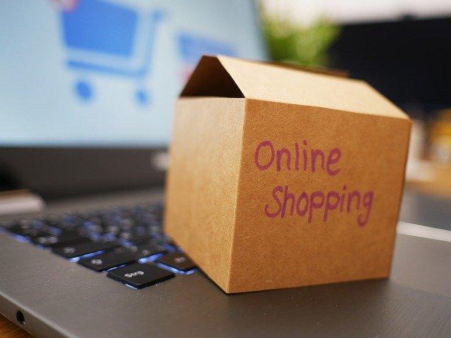 doos met online shopping