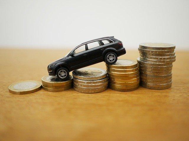 waarde daling bepaald om auto te leasen of  te kopen