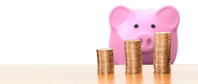 Kinderen laten sparen om te leren met geld om te gaan