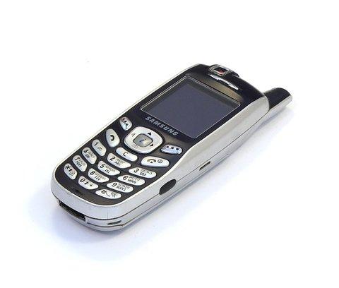 Met het verkopen van oude mobiele telefoons  kun je snel geld verdienen